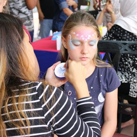 Face painting is perfect to ensure your children & adult have fun in a party! Book A Face Painter Malaysia Wide For Weddings, Parties & Events.